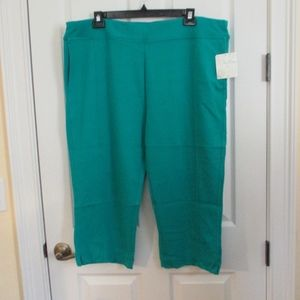 NWT - SUN BAY teal knit Capri pants - sz 2X - $42.